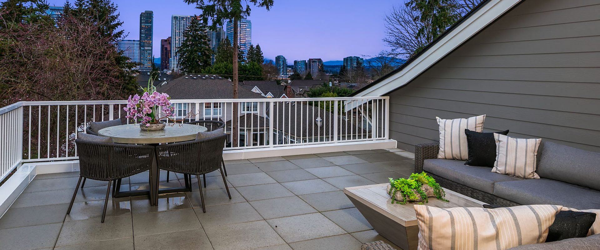 190 - 532 96th Ave NE - bellevue-wa-mn-custom-homes-28-roofdeck
