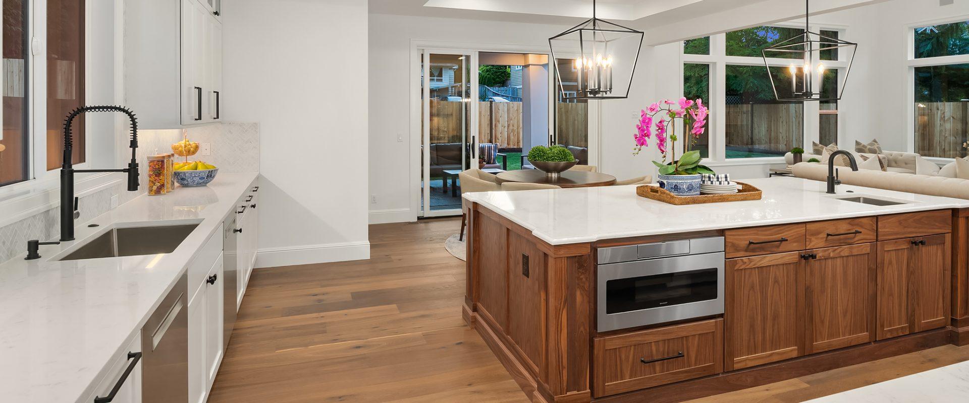 205-13-1645 105th Ave SE-Bellevue-WA-mn-custom-homes-kitchen