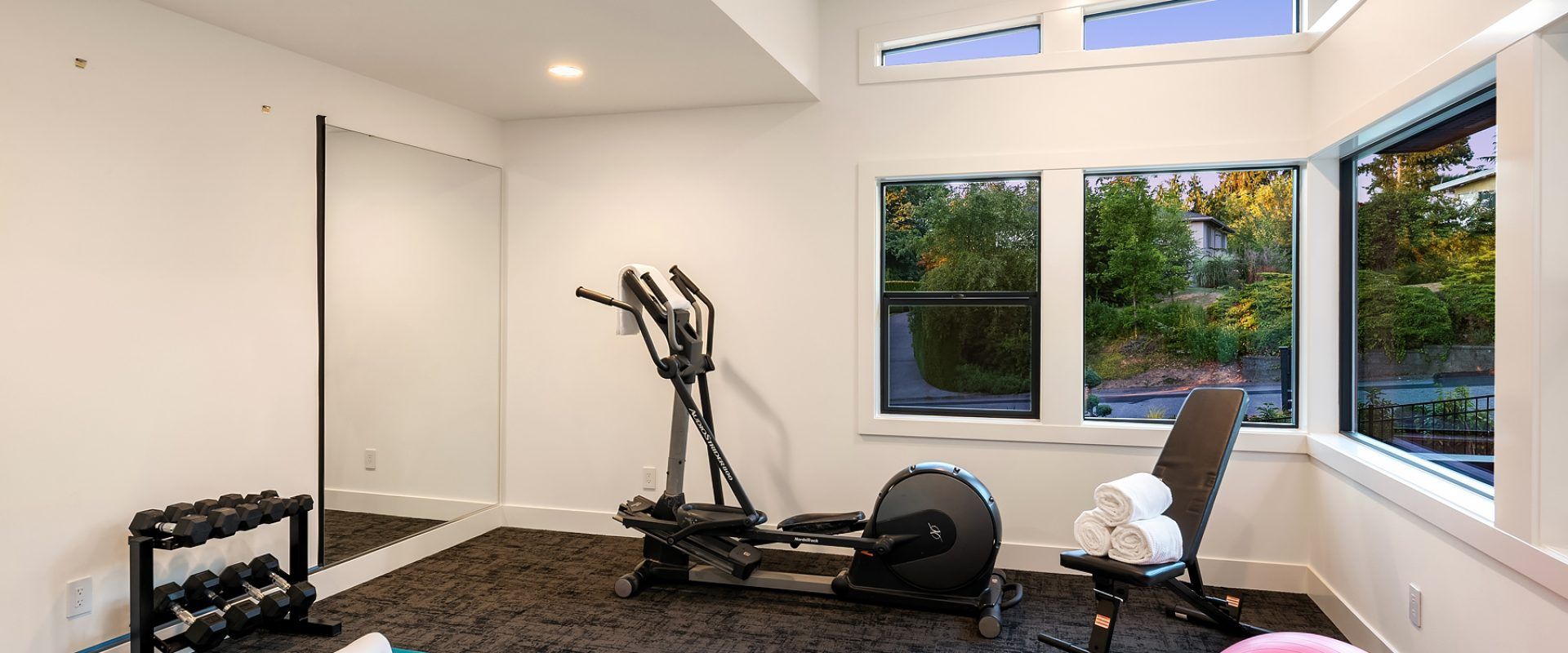 212-24-2659 90th Ave NE-bellevue-wa-mn-custom-homes-exercise